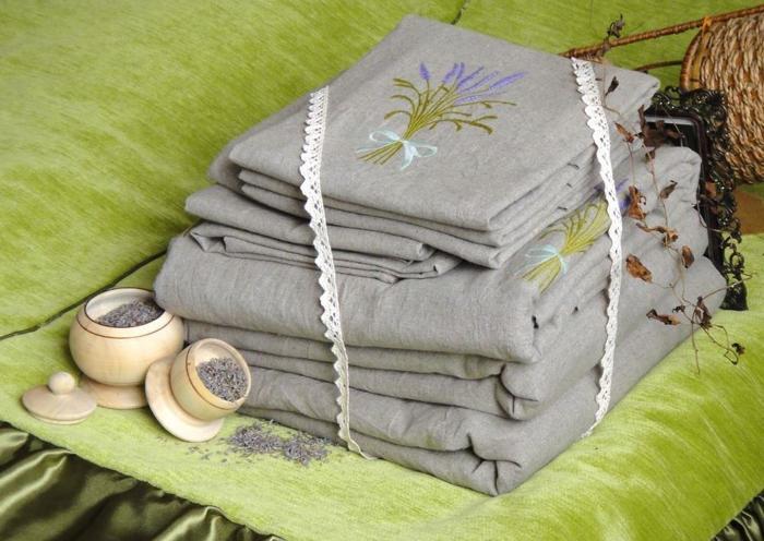 постельное белье в подарок